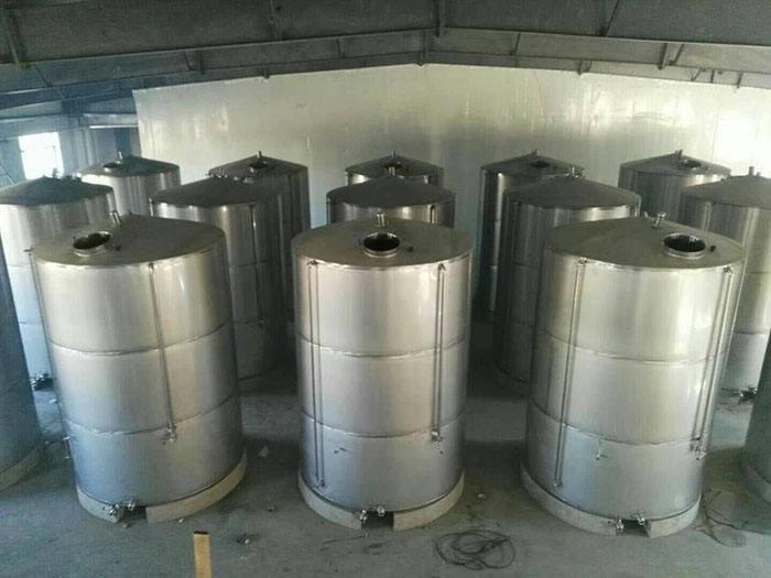 6吨立方不锈钢储存罐
